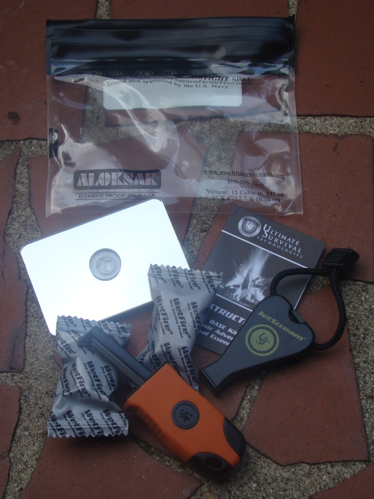 Ultimate Survival Technologies Base Kit 4 All Outdoors