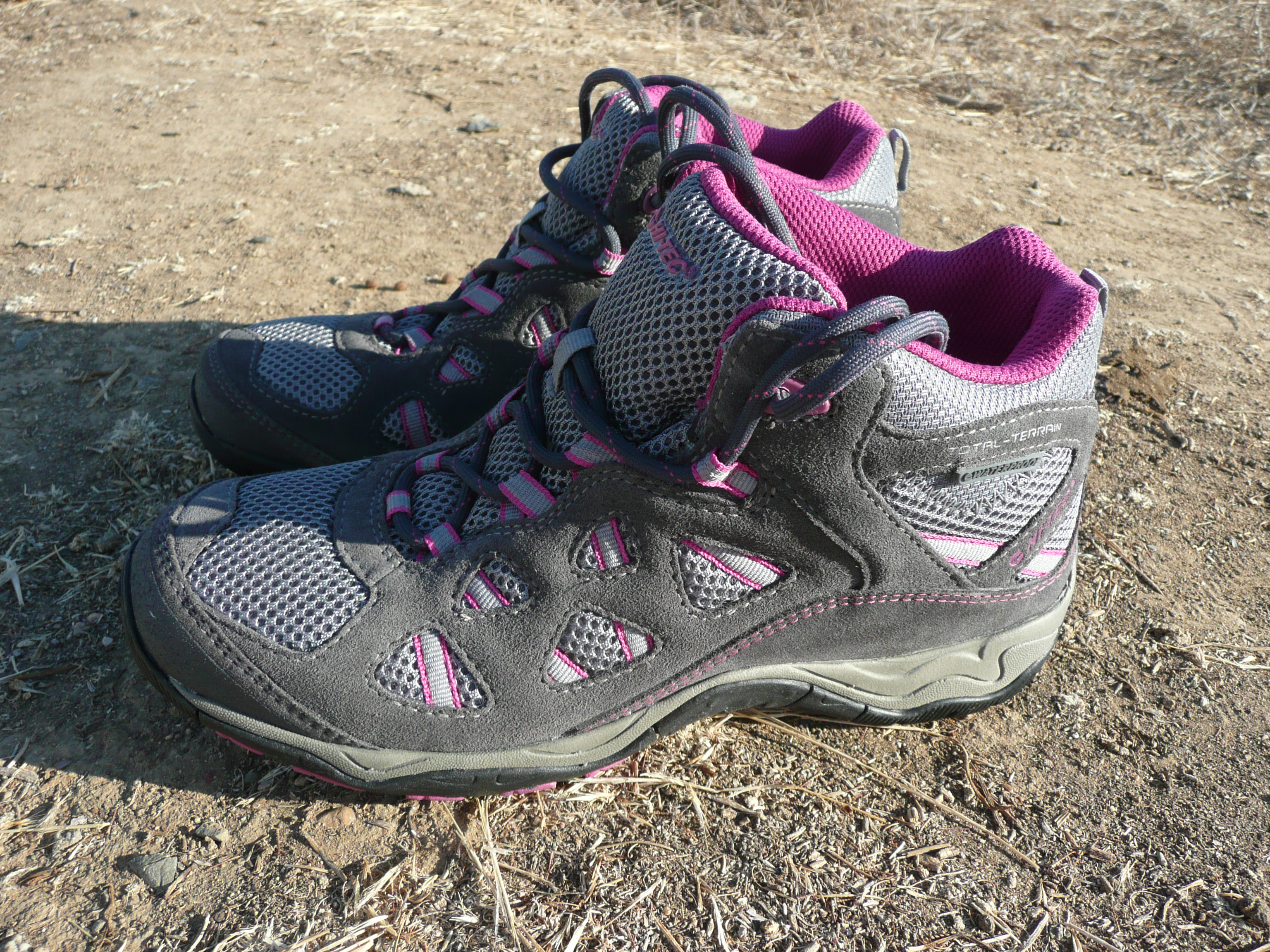During the past month I wore the Hi-Tec Total Terrain Aero Mid Boots ...
