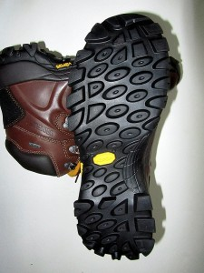 tread view of Fulcrum hiking boots