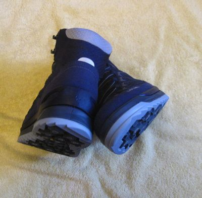 Lowa Innox Ice GTX Mid hiking boots